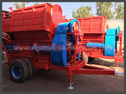 wheat thresher Images